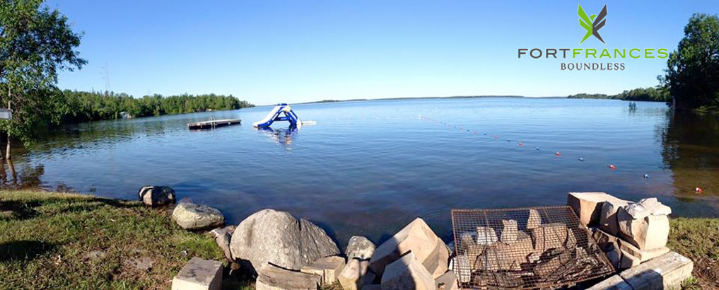 Sunny Cove Camp in Fort Frances Ontario on beautiful Rainy Lake